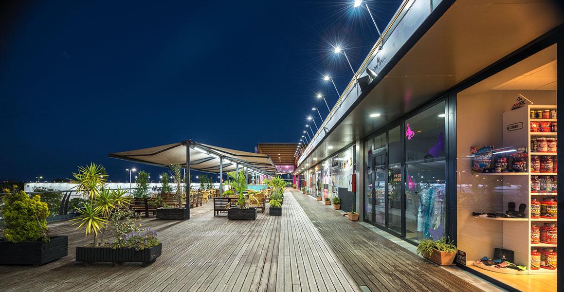 Terraza Centro comercial Bahía Mar - Grupo Soluciones